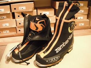 冬山登山靴にBOAが付きました!