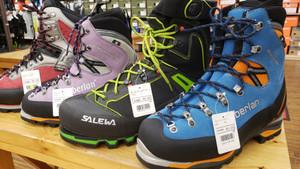 冬靴 出しました。迫る増税!