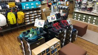 再入荷!サレワの特価登山靴『MTN トレーナー MID GTX』入りました!!