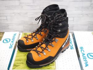 厳冬期登山靴の代表格、スカルパ・モンブランプロ、入荷しました!