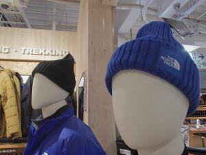 冬到来!!ニット帽いろいろあります♪