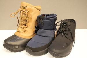 雪でも安心!防寒ブーツと滑り止めあります!