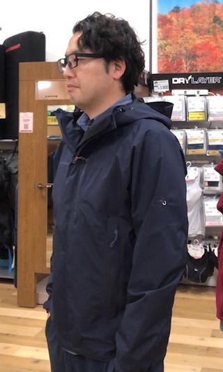 大人気のマムート「ayako ジャケット」在庫有ります♪