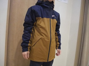 ★★肌寒い雨の日のジャケット★★