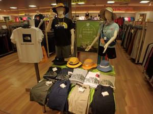 ノースフェイスなどのTシャツやパンツ、帽子がお得に!合わせて買いで10%OFF開催中!!!